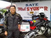 Rico in front of Sate Mak Syukur, Padang Panjang